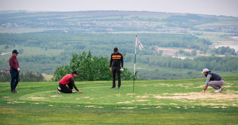 Golf-Champ-9-scaled.jpg
