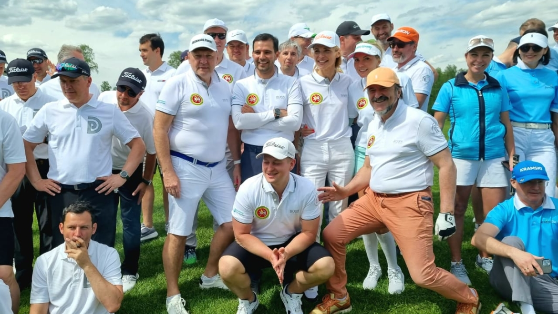Команда из Татарстана (Sviyaga hills) занимает 3 место в Любительской лиге гольфа